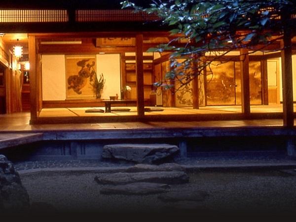 写真:吉野山 竹林院群芳園