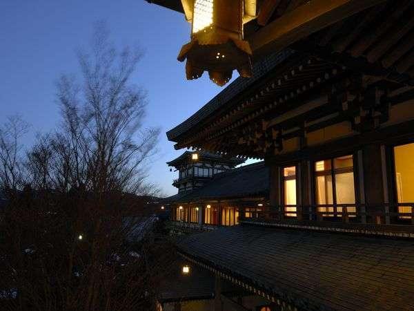写真:龍宮殿