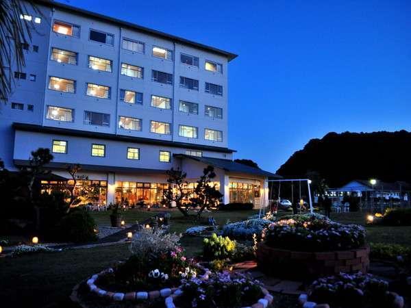 写真:世界遺産『熊野古道』と美食の旅に 花いろどりの宿 花游