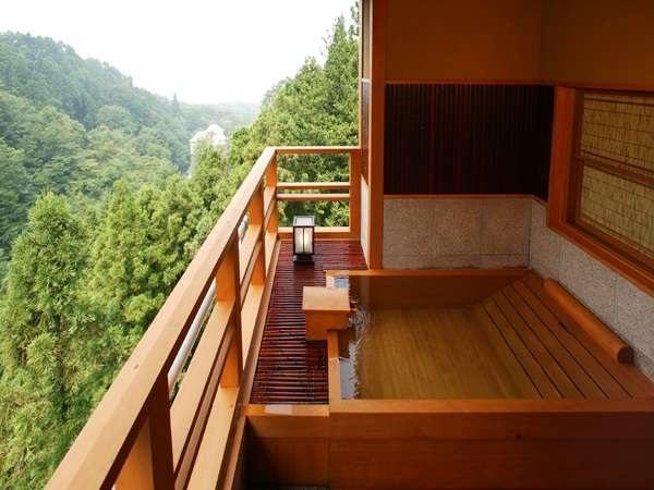 写真:人気の露天風呂付客室と美味に和む宿 かのうや